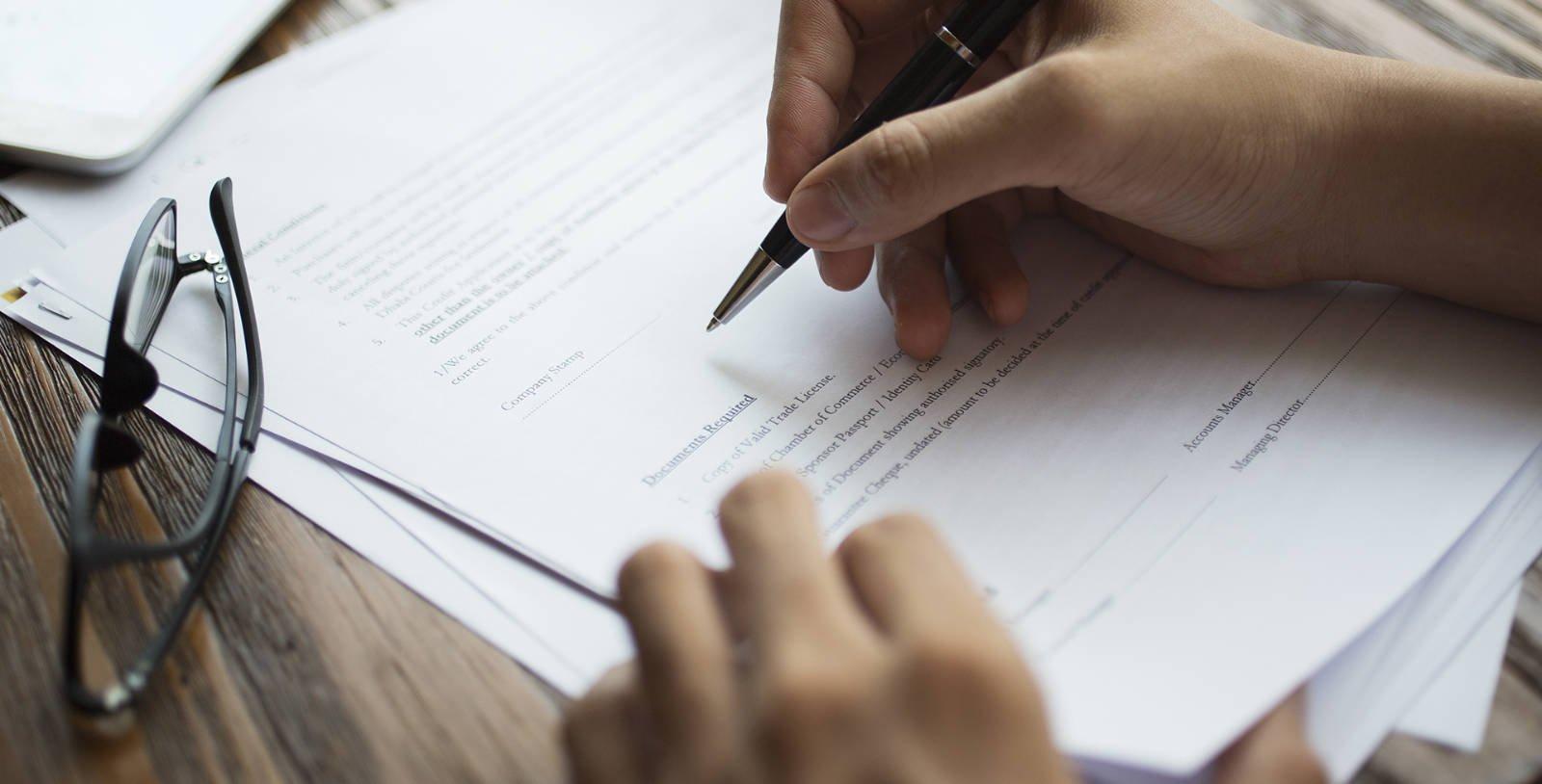 Firma de un contrato hipotecario